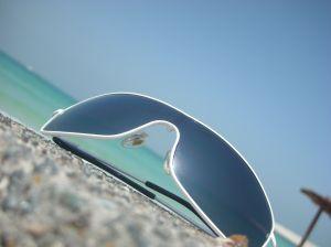 Solbriller på stranden